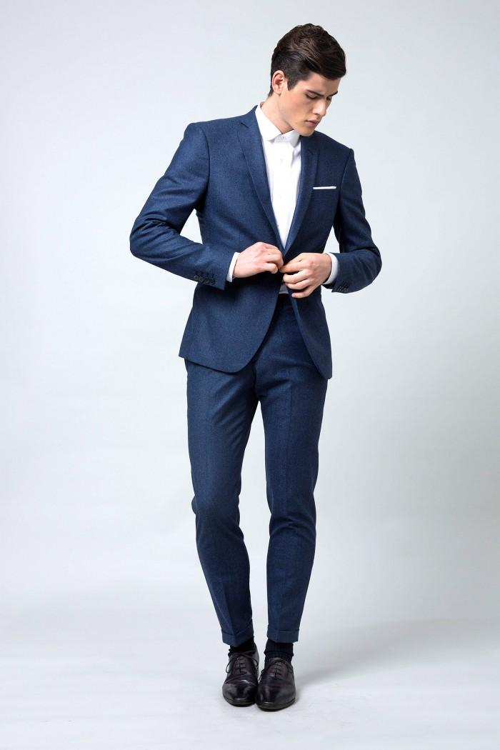 costume-sur-mesure-en-flanelle-bleu-profond