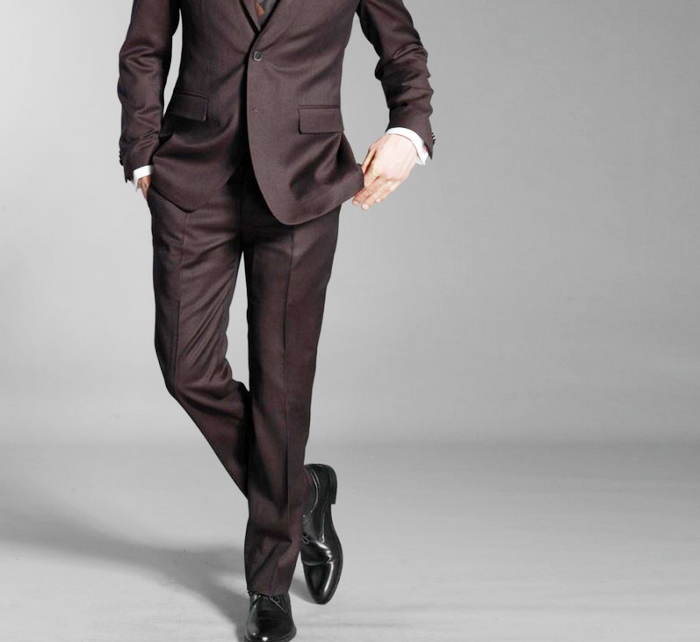 combinaison-couleur-pantalon-chaussurejpg