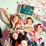 6 idées amusantes pour un photocall original à votre mariage